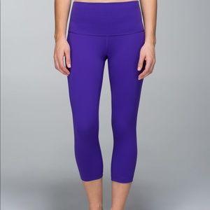 lululemon size 8 cropped leggings